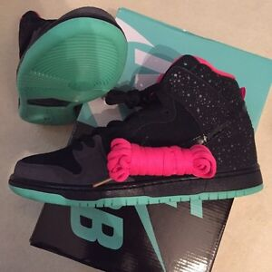 Nike dunk high sb northern light 9 yeezy bape nmd Edmonton Edmonton Area image 1