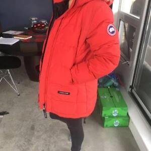 Selling  Canada Goose Jacket - Size M -  BEST DEAL!