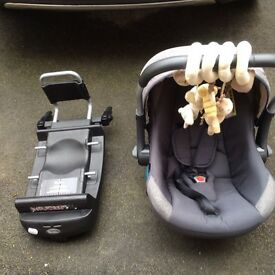 Silver cross ventura carseat and isofix base 2