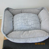 washable pet bed