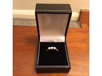 18carat white gold three diamond engagement ring