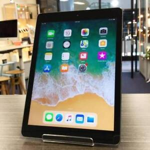 ONE WEEK OLD IPAD 5 32GB WIFI CELLULAR BLK UNLOCKED WARRANTY Ashmore Gold Coast City Preview