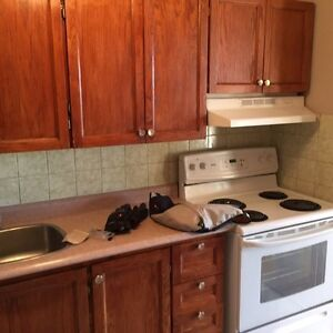 Two bathrooms three bedrooms all inclusive Central East location