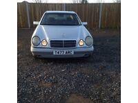 Mercedes e240 £850 full service