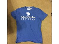 A&f muscle fit top
