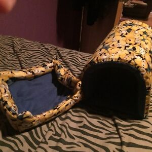 Minions Guinea pig bed and tunnel, hand sewn