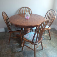 table and 4 chairs solid oak