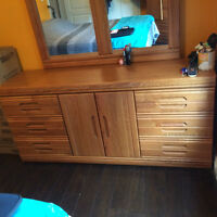 Barely Used Bedroom Set- Cheap! 2 dressers, mirror & nightstand!