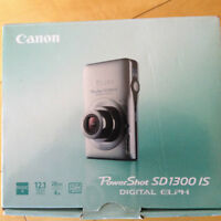 Camera Canon PowerShot SD1300IS