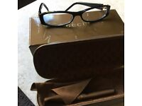 Gucci ladies varifocal reading glasses