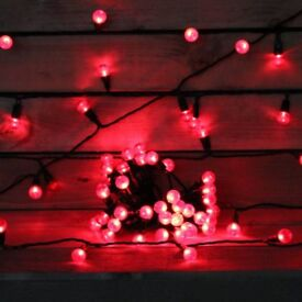 200 Large Red Berry Outdoor / Indoor Static String Lights (New) + FREE local delivery