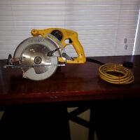 Dewalt 15A wormgear circular saw