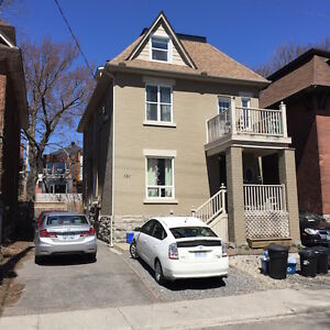 Charming, Sunny, Convenient apartment in The Glebe - June 1st