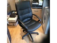 Niceday office Faux leather chairs - 6 available