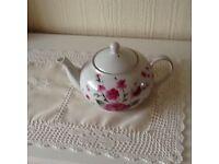 Kirstie allsopp teapot