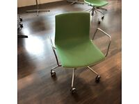 White Back Arper Canteen Chairs On Wheels, Green