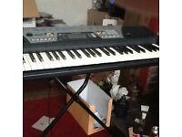 Yamaha electric organ PSR175