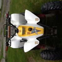 "LQQK """" 2000 Polaris 2x4 atv two stroke oil injected chain drive"