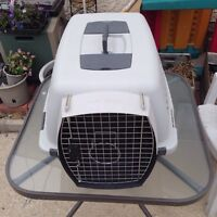 Kennel for small to medium sized dog.