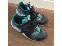Genuine Nike Hurraches size 5.5 UK