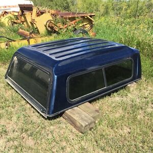 GMC 6.6' truck bed topper