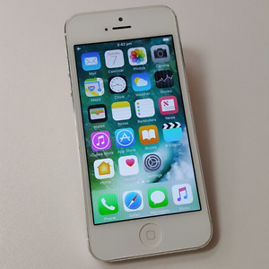 SECOND HAND IPHONE 5 16GB AWSOME PRICE! Southport Gold Coast City Preview