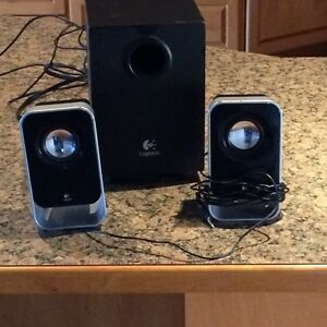 Logitech computer speakers in mint condition