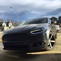 2013 Ford Fusion titanium AWD Turbo - financing available