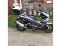 Honda pcx 125cc scooter 11 reg, poss delivery.