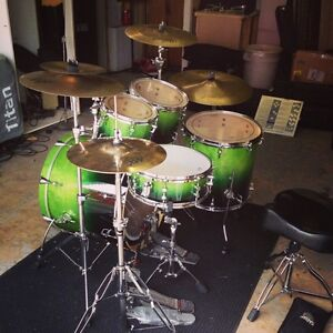 Sonor Essential Force 5 Piece Drums + Cases