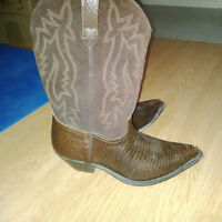 Ladies Cowboy Boots - Great Condition