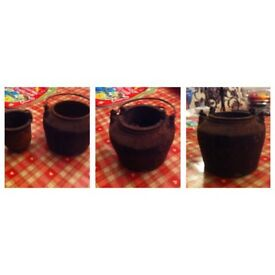 Cast Iron 3/8 Pint Pots Made by Kenrick & Sons £9