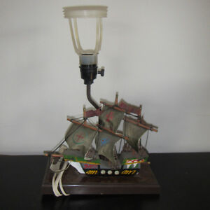 Lamp with Boat
