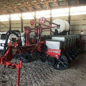 2011 Case IH 1250-16 Row Planter London Ontario image 3
