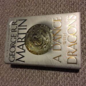 Dance with Dragons (game of thrones 5) hardcover
