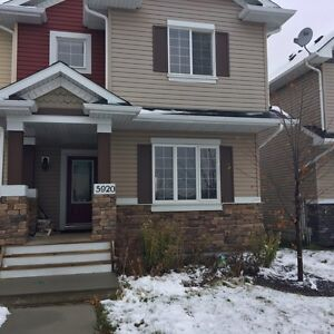TOWNHOUSE 3 BEDROOM FOR RENT IN BEAUMONT AB