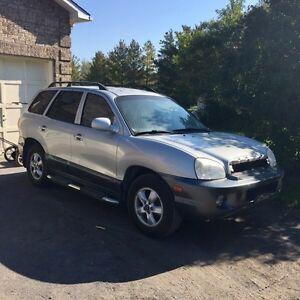 Reduced* 2005 Hyundai Santa Fe SUV 5-speed Gatineau Ottawa / Gatineau Area image 1