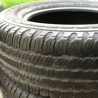 245-65-17Goodyear fortera excellent qualiter et condition