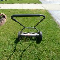 "18"" pusher reel mower"