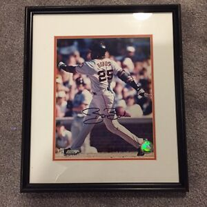 Barry Bonds Autographed and framed photo