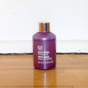 The Body Shop White Musk Perfume Oil Huile de Parfum 25ml