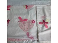 Girls pink duvet set with matching pillowcase and curtains Slight fading on curtains