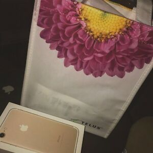 iPhone 7 Gold 32gb - Looking to trade for black or jet black. St. John's Newfoundland image 1