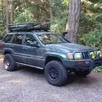 Echo 4x4 rooftop tent. Large