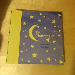 Mommy file folder book/stickers