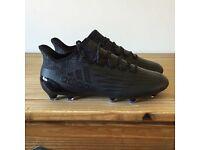 Adidas Black Football boots (SIZE 10)