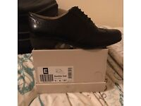Black brogues size 4 clarks