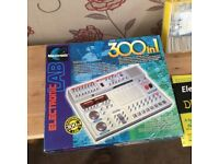 Electronics 300 in 1 Kit, plus hundreds of electronic extras. Fantastic Combination, £35