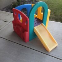 Little Tikes Picnic Table and Slide