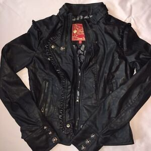 Women's/Girls Outer Wear All Excellent Condition size Medium London Ontario image 4